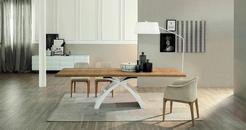 stolovi od drveta